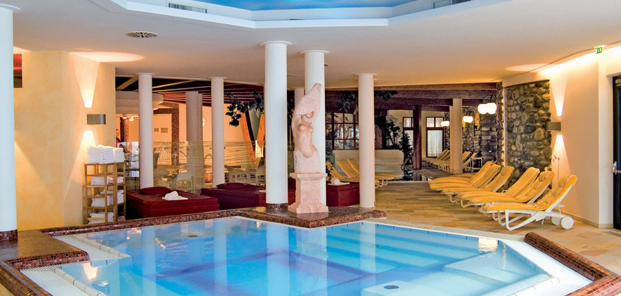 Austria_Obergurgl_Hotel_Alpina_pool.jpg